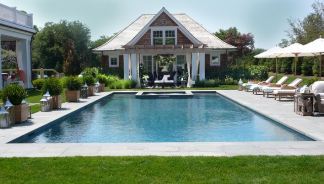 3 PoolHouse